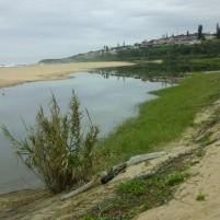 Die watervlak in die strandmeer is laag in die droë seisoen