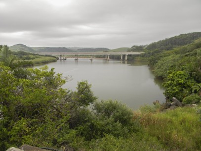 The motor bridge (N2 freeway) over the Mtwalume river