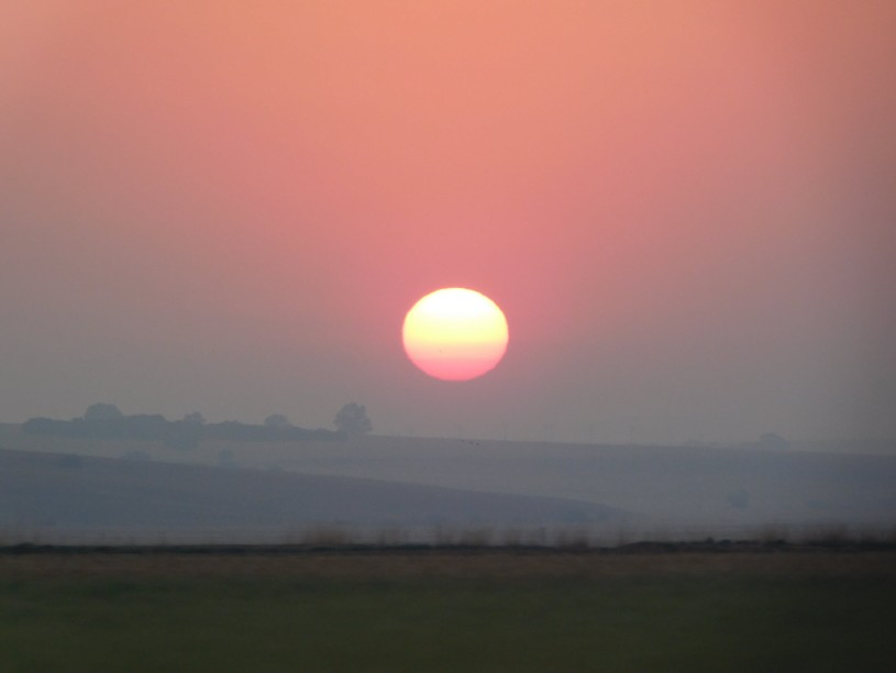 Sunrise captured from the N3 between Heidelberg and Villiers