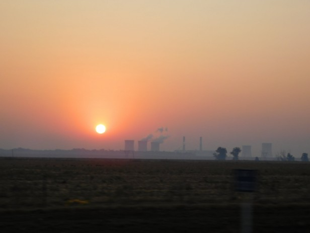 Sunrise over Grootvlei power station as seen from the N3 between Heidelberg and Villiers on our way from Johannesburg to Durban